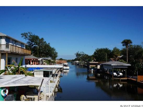 191 East Ariel Rd, Oak Hill, FL - USA (photo 1)