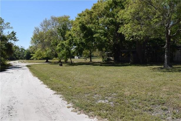 5617 Saint Lucie Blvd, Fort Pierce, FL - USA (photo 4)