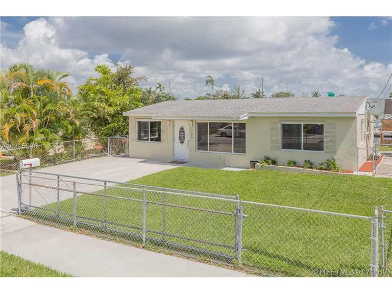 2705 Sherman St, Hollywood, FL - USA (photo 2)