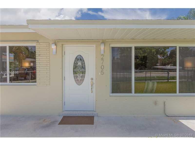 2705 Sherman St, Hollywood, FL - USA (photo 5)