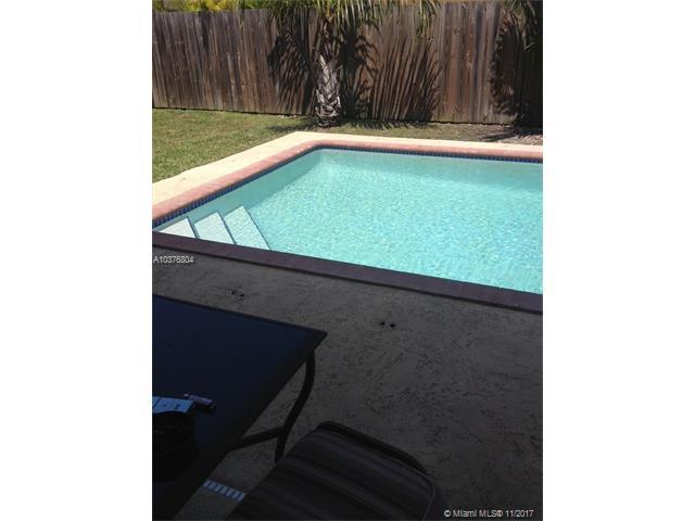 14045 Sw 161st Pl, Miami, FL - USA (photo 2)