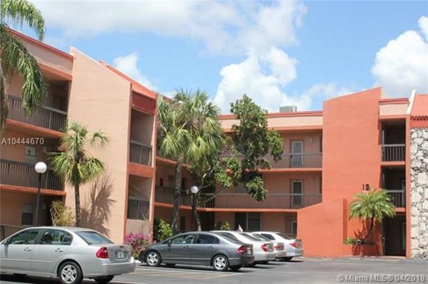 3100 Holiday Springs Blvd  #309, Margate, FL - USA (photo 1)