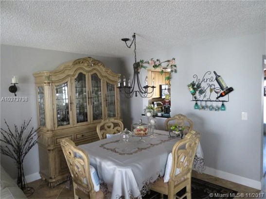 7640 Nw 18th St, Margate, FL - USA (photo 5)