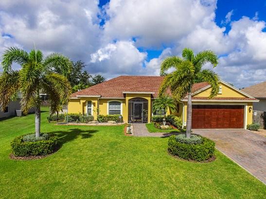 326 Nw Camrose Street, Port St. Lucie, FL - USA (photo 1)