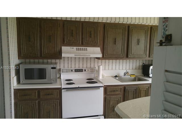 3751 Environ Blvd, Lauderhill, FL - USA (photo 4)