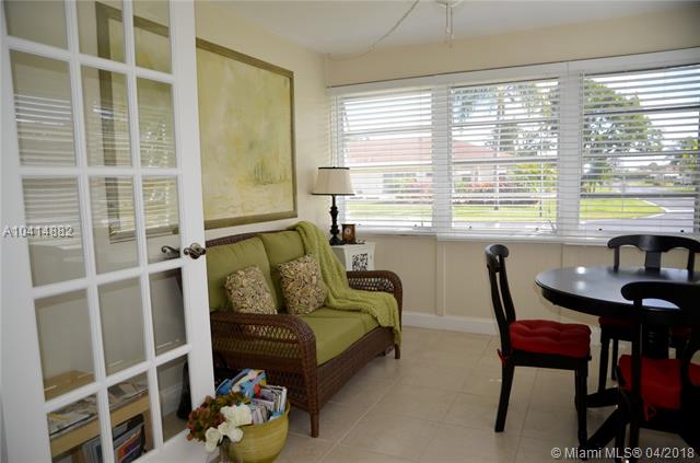 370 Nw 46th Ave  #a, Delray Beach, FL - USA (photo 2)