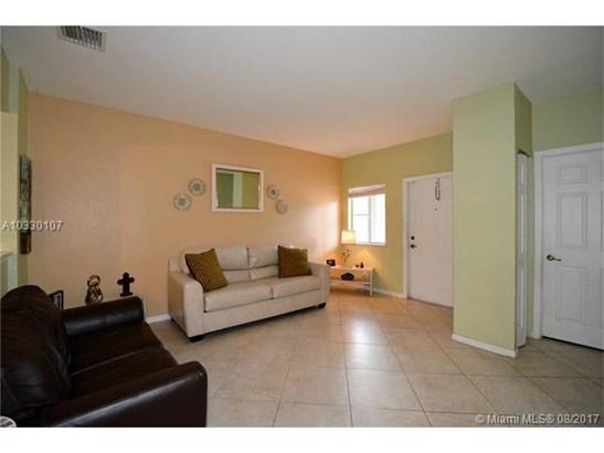 Condo/Townhouse - Sunrise, FL (photo 3)