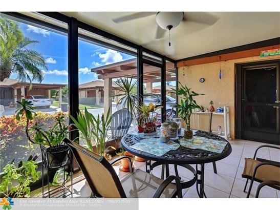 Condo/Townhouse - Delray Beach, FL (photo 4)