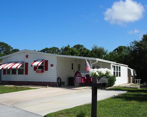 8565 Florence Drive, Port St. Lucie, FL - USA (photo 2)