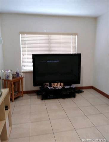 5241 Nw 2 St, Miami, FL - USA (photo 5)