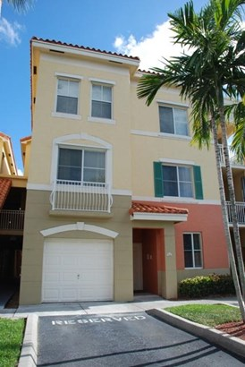 Condo/Townhouse - Palm Beach Gardens, FL (photo 2)