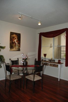 Condo/Townhouse - Palm Beach Gardens, FL (photo 4)
