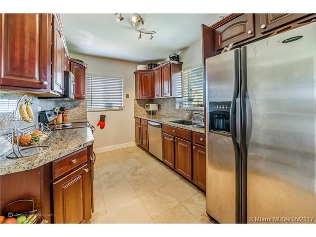 Single-Family Home - Miami Shores, FL (photo 4)