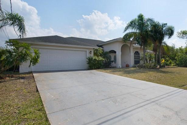 470 Sw Mccomb Avenue, Port St. Lucie, FL - USA (photo 3)