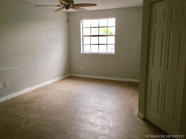 Rental - Hialeah, FL (photo 4)