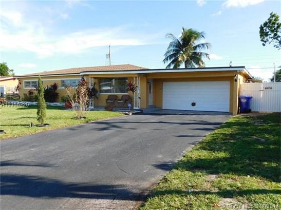 7010 Sw 16th Ct, Pembroke Pines, FL - USA (photo 1)