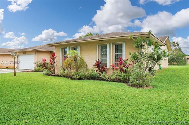 1763 Nw 193rd St, Miami Gardens, FL - USA (photo 2)