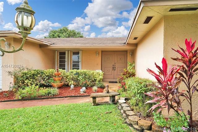 1763 Nw 193rd St, Miami Gardens, FL - USA (photo 4)