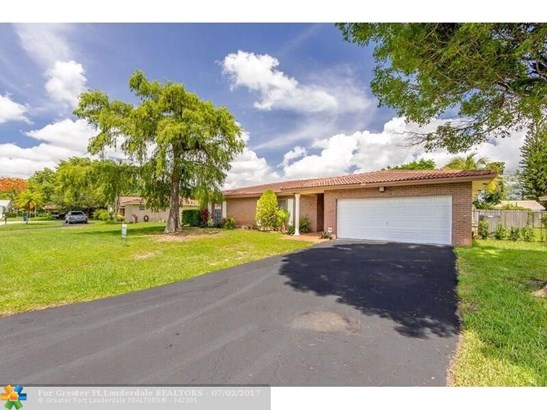 2857 Nw 87th Ave, Coral Springs, FL - USA (photo 1)