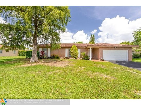 2857 Nw 87th Ave, Coral Springs, FL - USA (photo 2)