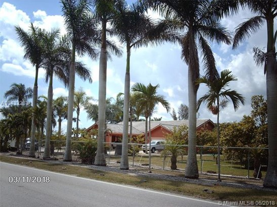 25750 Sw 147th Ave, Homestead, FL - USA (photo 3)