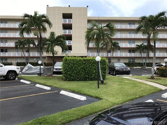 Condo/Townhouse - Dania Beach, FL (photo 1)