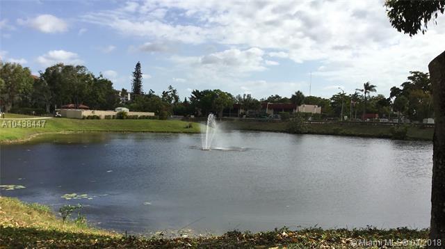 6010 S Falls Cir Dr  #420, Lauderhill, FL - USA (photo 3)