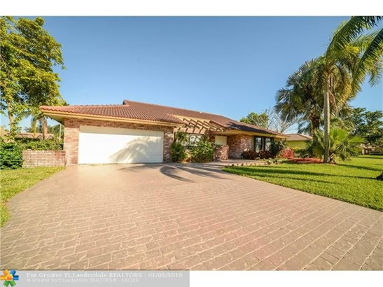 9735 Nw 3rd Mnr, Coral Springs, FL - USA (photo 1)
