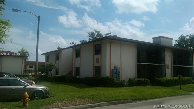 900 Ne 209 Ter  #201-31, North Miami Beach, FL - USA (photo 1)