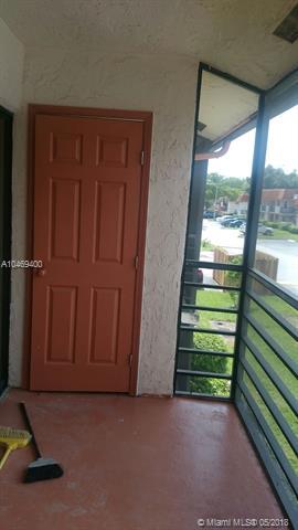 900 Ne 209 Ter  #201-31, North Miami Beach, FL - USA (photo 4)