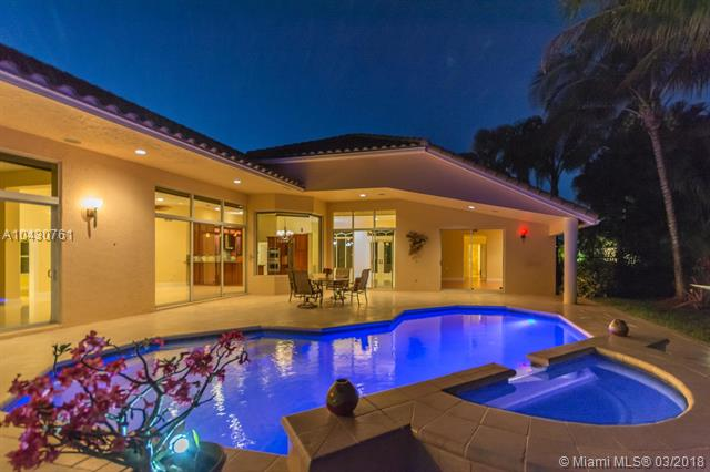 2768 Meadowood Dr, Weston, FL - USA (photo 2)