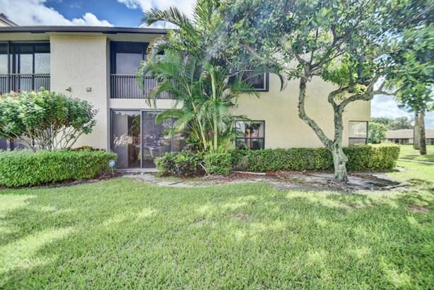 8649 Boca Glades Boulevard Unit B, Boca Raton, FL - USA (photo 4)