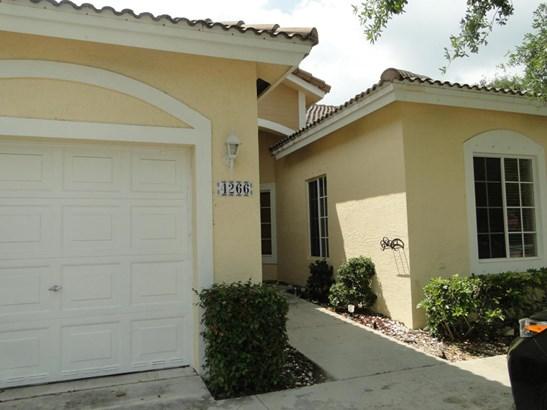 4266 Sw 10 Place, Deerfield Beach, FL - USA (photo 1)