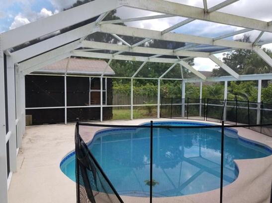 Single-Family Home - Saint Lucie West, FL (photo 3)
