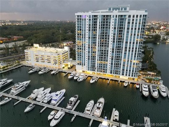 17301 Biscayne Blvd, Aventura, FL - USA (photo 1)