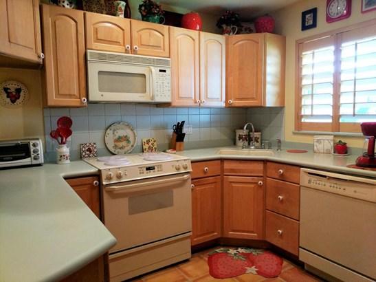 752 Lori Drive Unit 219, Lake Worth, FL - USA (photo 4)