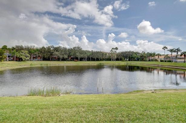 2027 Valencia Drive, Delray Beach, FL - USA (photo 3)
