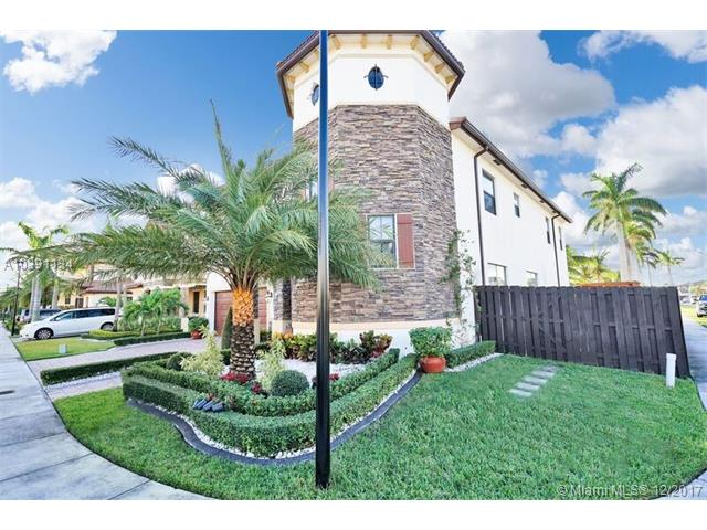 8920 Nw 98 Ct, Doral, FL - USA (photo 2)
