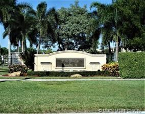 631 Sea Pine Way  #h2, Green Acres, FL - USA (photo 3)