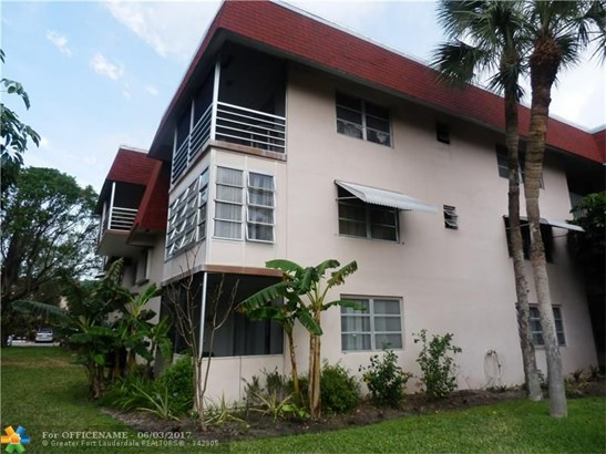3061 Nw 47th Ter #130, Lauderdale Lakes, FL - USA (photo 2)