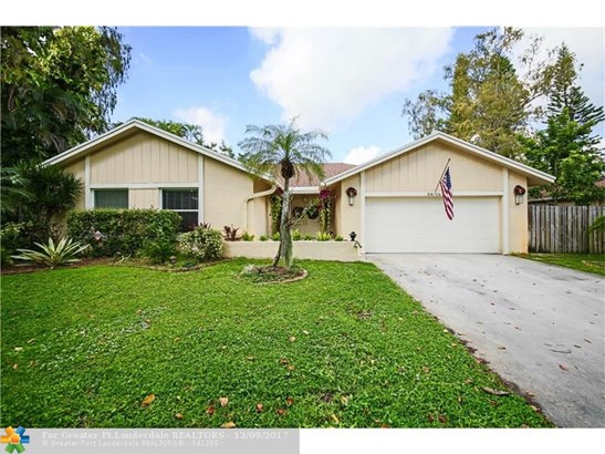 3816 Nw 71st Dr, Coral Springs, FL - USA (photo 1)