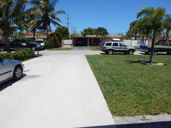 2809 French Avenue, Lake Worth, FL - USA (photo 3)