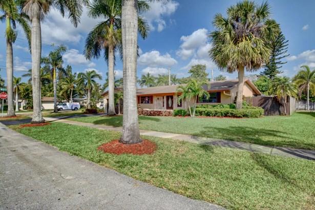 4461 Nw 9 Street, Coconut Creek, FL - USA (photo 3)