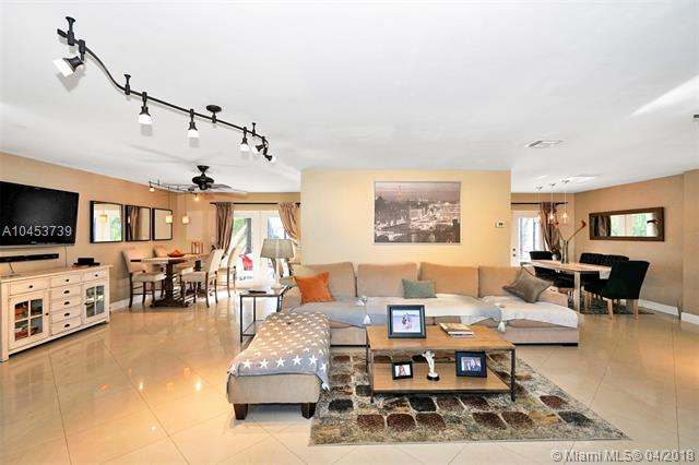1220 Nw 84th Dr, Coral Springs, FL - USA (photo 3)