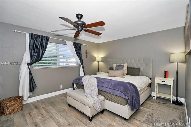 1220 Nw 84th Dr, Coral Springs, FL - USA (photo 5)