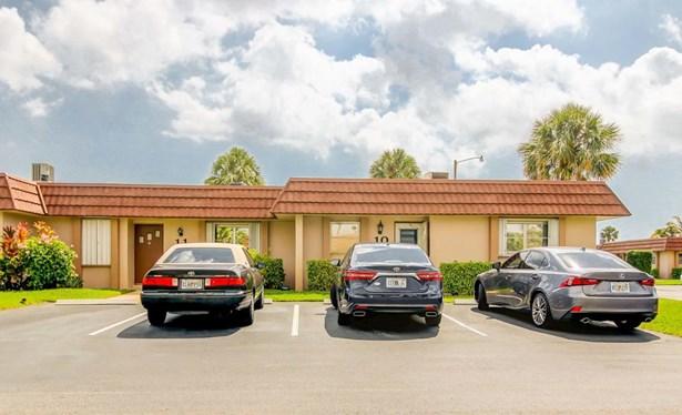 5725 Fernley E Drive Unit 10, West Palm Beach, FL - USA (photo 2)