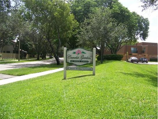 Condo/Townhouse - Cooper City, FL (photo 1)