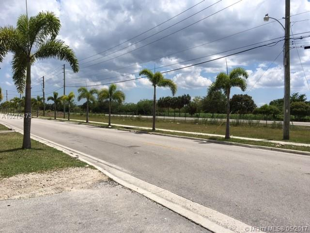 9xx Nw 3rd  Ave, Florida City, FL - USA (photo 3)