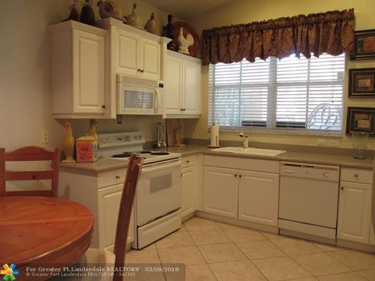 5865 Nw 120th Ave, Coral Springs, FL - USA (photo 2)