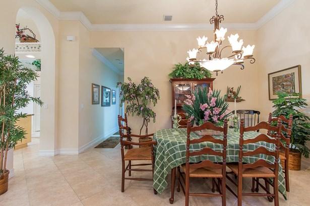 Single-Family Home - Port Saint Lucie, FL (photo 5)